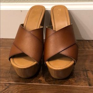 Mossimo brown high wedges